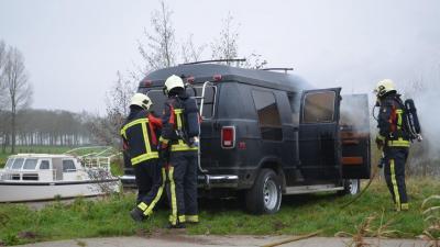 Brand in busje in De Groeve