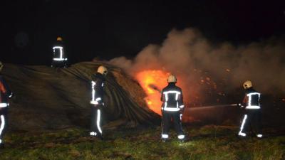Brandweer blust aardappelbult in Veendam