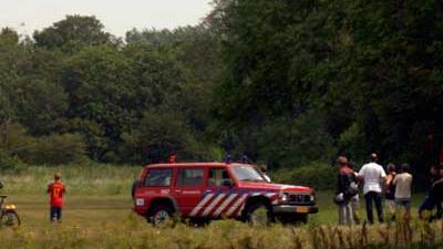 Foto van brandweerauto op heide en bos   Archief EHF