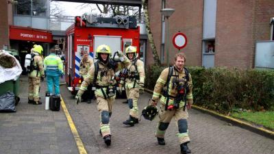 Pannetje op het vuur vergeten, brandweer en ambulance snel ter plaatse