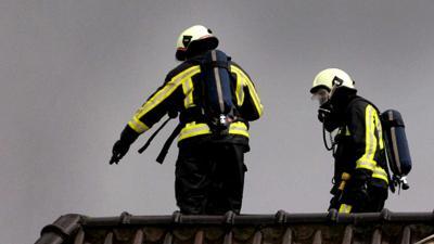 brandweermannen-dak