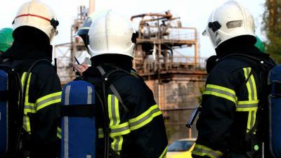 300.000 kilo vloeibaar glas stroomt uit oven in Maastricht