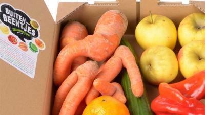 AH zet 'lelijke' groente en fruit online te koop
