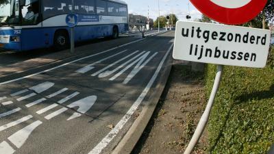 Zelfrijdende bus op openbare weg gestest tussen Schiphol en Haarlem