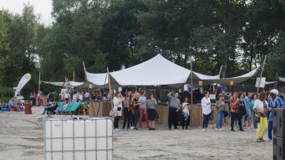 Beach Party Heerenveen druk bezocht