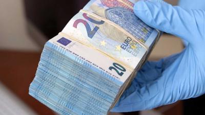 cash-biljet-witwas-politie