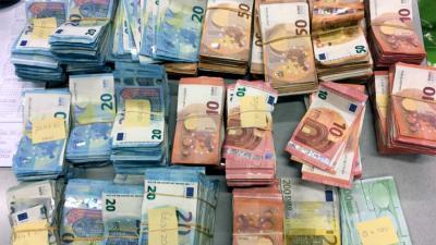 cash-eurobiljetten-bundels