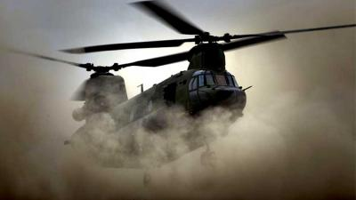 Foto van Chinook heli zand | Min. Defensie