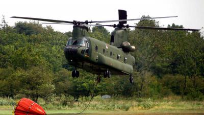 chinook-helikopter-blussen