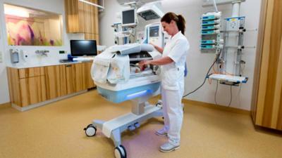 LUMC opent op Neonatologie nieuwe intensive care