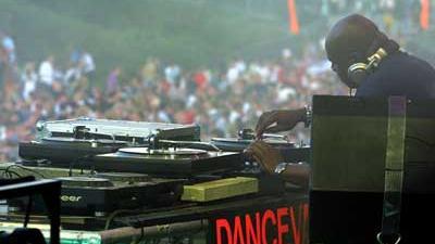 Foto van DJ op Dance Valley | Archief EHF