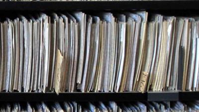 Artsen veel te terughoudend bij verzoek inzien eigen medisch dossier blik op nieuws - Huisarts kast ...