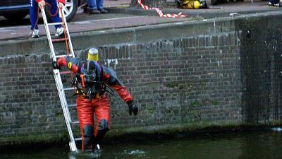 Amsterdam neemt maatregelen tegen hoge aantal verdrinkingen in grachten