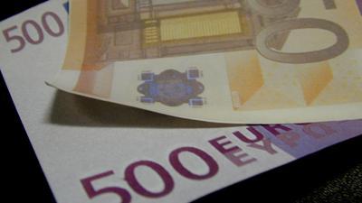 Foto van euro biljetten 500 en 50 | Archief EHF