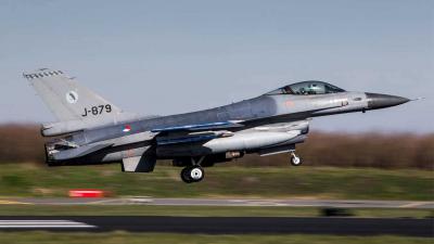 Startende F16