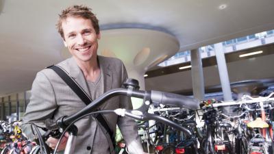 NS fietsenstallingen krijgen een nieuwe entree
