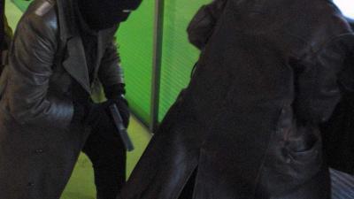 Gewapende woningovervallers binden kinderen vast