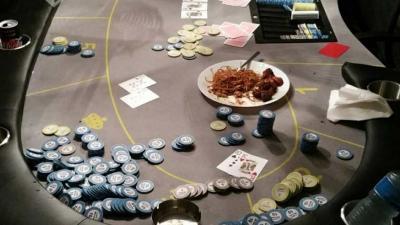 Gokspel stilgelegd en geld in beslag genomen