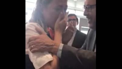 Vlaamse hostess van Ryanair op Brussels Airport