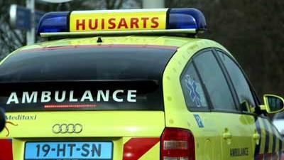Foto van auto ambulance huisarts | Archief EHF
