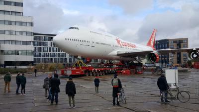 Boeing Corendon staat op zijn plaats