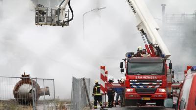 Foto van brand bij sloopwerkzaamheden chemie park | MV Blik op Nieuws