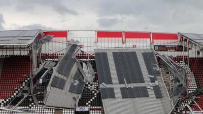 ingestort-dak-stadion-az