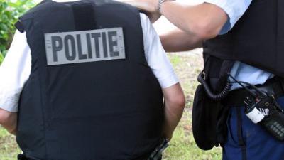Politie lost schot bij aanhouding van man in kogelwerend vest
