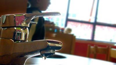 Foto van kraan drinkwater peuter | Archief EHF