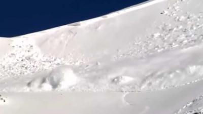 10 skiërs bedolven onder een lawine in Zwitserse Alpen