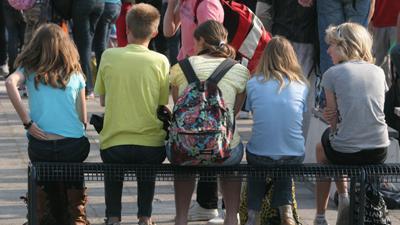 Foto van jongeren op school   Archief EHF