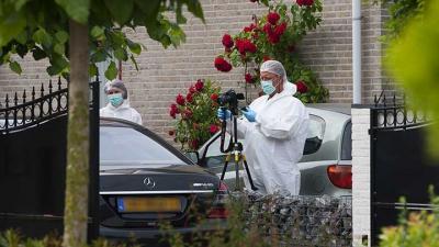 Foto van schietpartij auto woning Veghel | Sander van Gils | www.persburosandervangils.nl