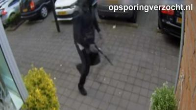 Politie geeft video vrij liquidatiepoging Amsterdam-Osdorp