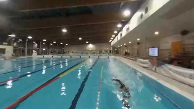 Maarten van der Weijden zwemt na ruim 100 kilometer nog even 12 uur door
