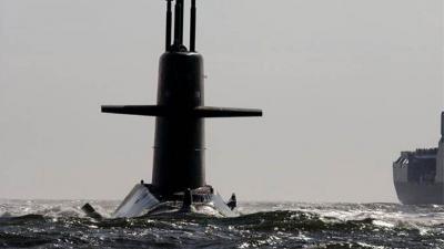 Nederland begeleidt Russische marine op Noordzee