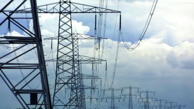 Vrouw overleden na mislukte basejump vanaf elektriciteitsmast