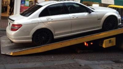 Dure auto en 5.000,- euro cash afgepakt van witwasser