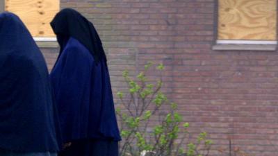 AIVD waarschuwt voor jihadistische vrouwen