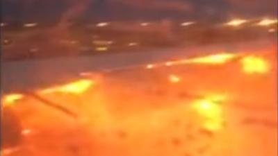 Motor- en vleugel in brand tijdens noodlanding Singapore Airlines