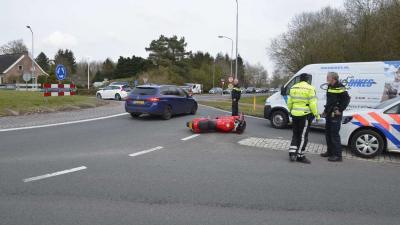 Motorrijder gewond bij aanrijding in Vries