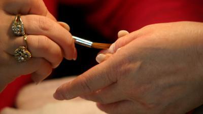 Foto van hand manicure nagellak | Archief EHF