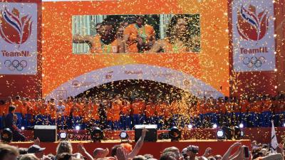 Olympische sporters gehuldigd in Amsterdam