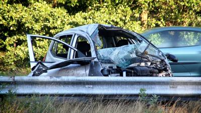 Foto van auto na ongeval A50   Willy Smits   www.112journaal.nl