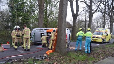 Porsche-rijder gewond na crash