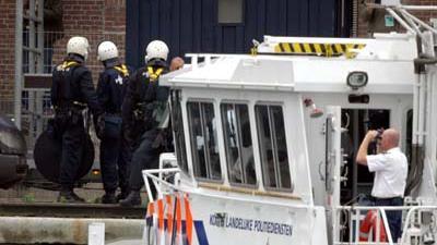 Foto van politie bij ontruiming | Archief EHF
