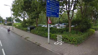 Vrouw weet aan haar ontvoerders te ontsnappen in Roelofarendsveen