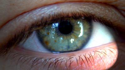 Ogen testen in het donker levert betere diagnose oogziekten op