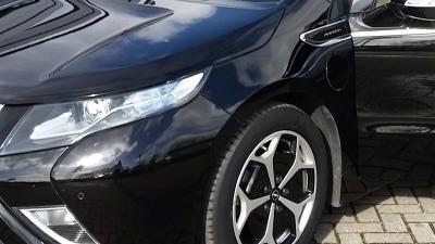 Peugeot neemt Opel over
