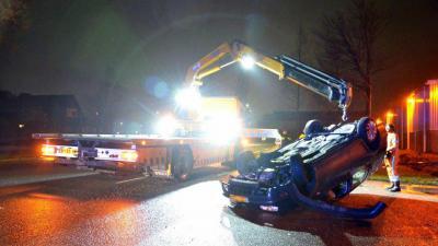 Bestuurder vlucht na verkeersongeval in Veendam