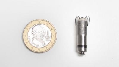 foto van Kleinste draadloze pacemaker